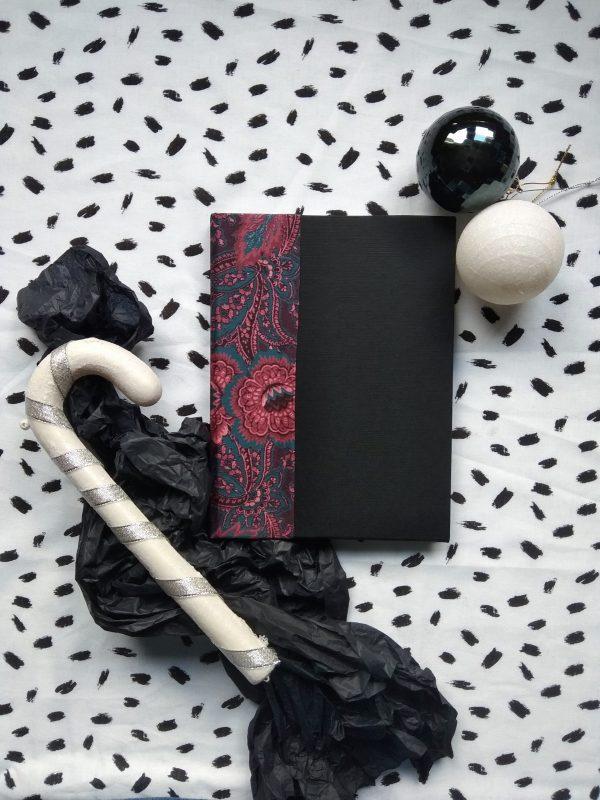 Caderno artesanal regalo papel reciclado sostible feito a man